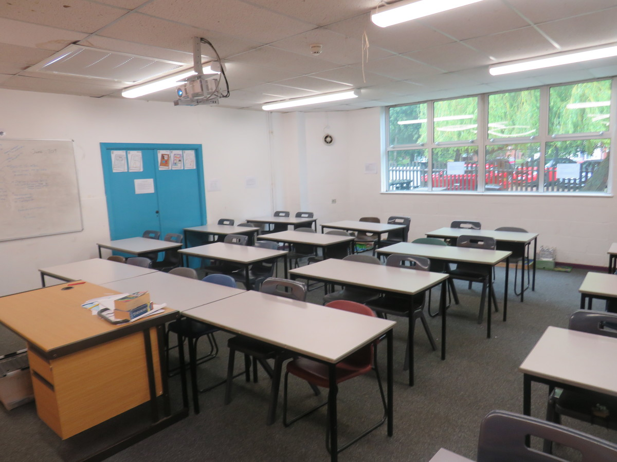 Classrooms - Bosworth Academy - Leicester - 2 - SchoolHire