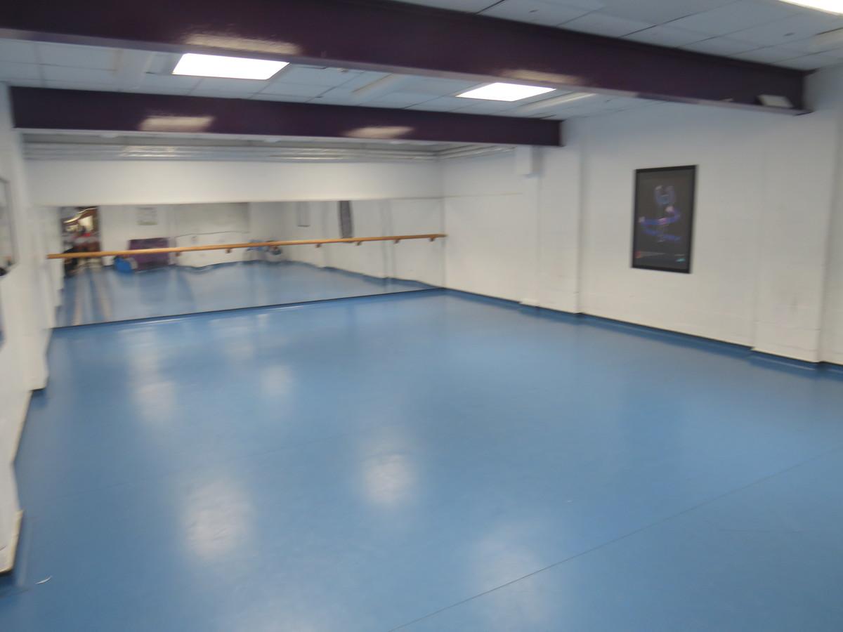 Dance Studio - Bosworth Academy - Leicester - 1 - SchoolHire