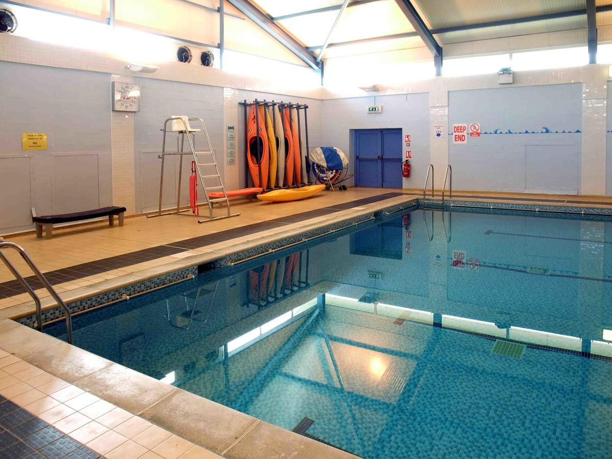 Swimming Pool - Bosworth Academy - Leicester - 3 - SchoolHire
