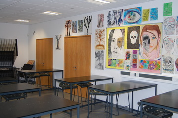 Art Room - Midhurst Rother College - West Sussex - 2 - SchoolHire
