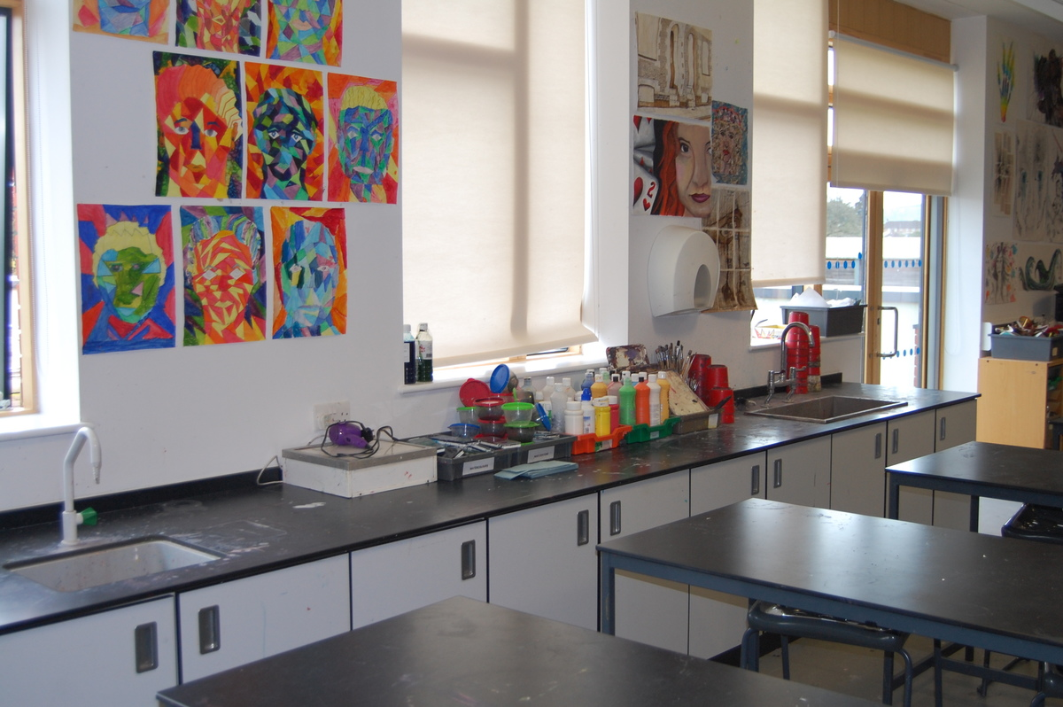 Art Room - Midhurst Rother College - West Sussex - 4 - SchoolHire