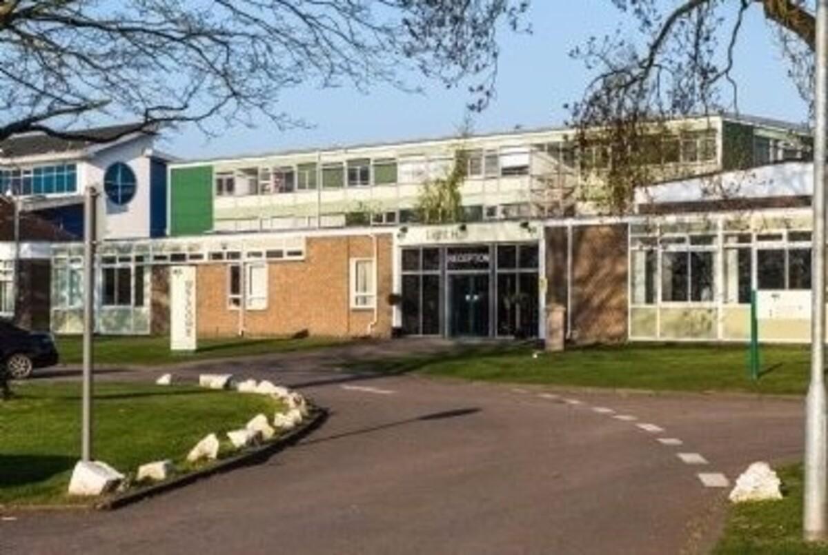 SLS @ Light Hall School - Solihull - 1 - SchoolHire