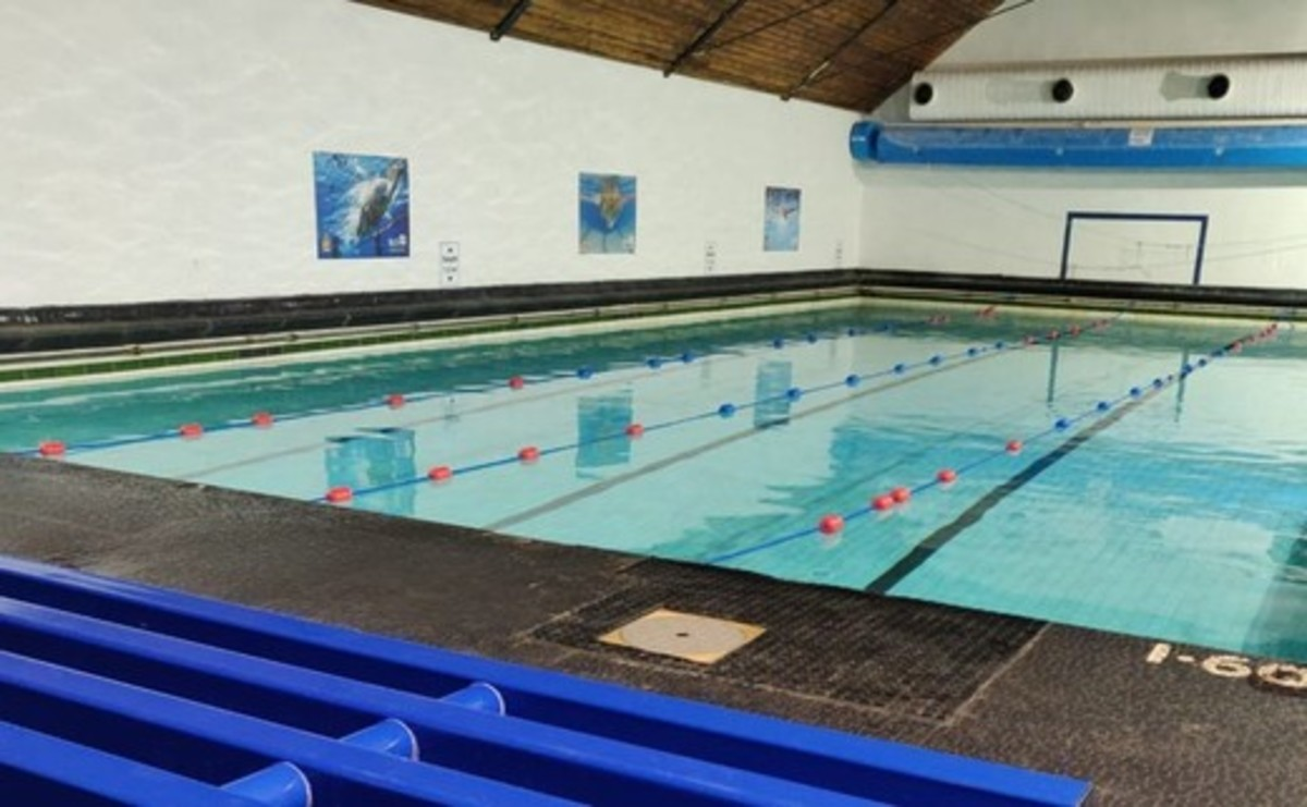 Swimming Pool  - SLS @ Lancaster Royal Grammar School - Lancashire - 1 - SchoolHire