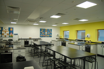 Food Tech Room - Midhurst Rother College - West Sussex - 1 - SchoolHire