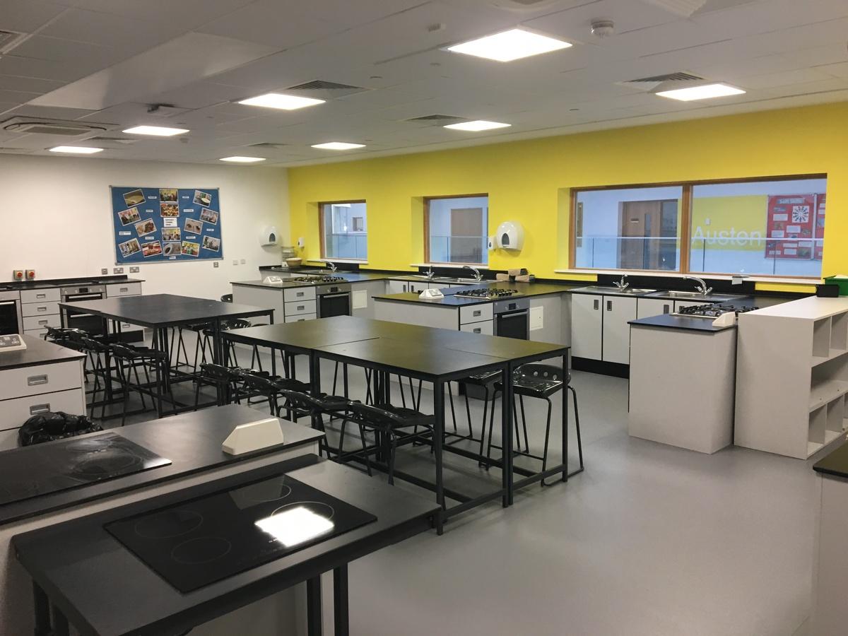 Food Tech Room - Midhurst Rother College - West Sussex - 4 - SchoolHire
