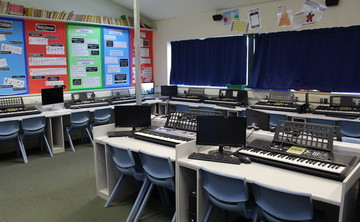 Specialist Classroom - Music Room - SLS @ Beverley Grammar School - East Riding of Yorkshire - 1 - SchoolHire