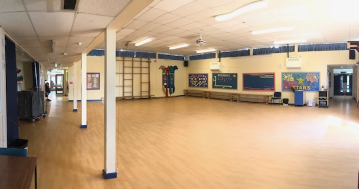 School Hall (Sun Hill) - The Perins MAT - Hampshire - 1 - SchoolHire