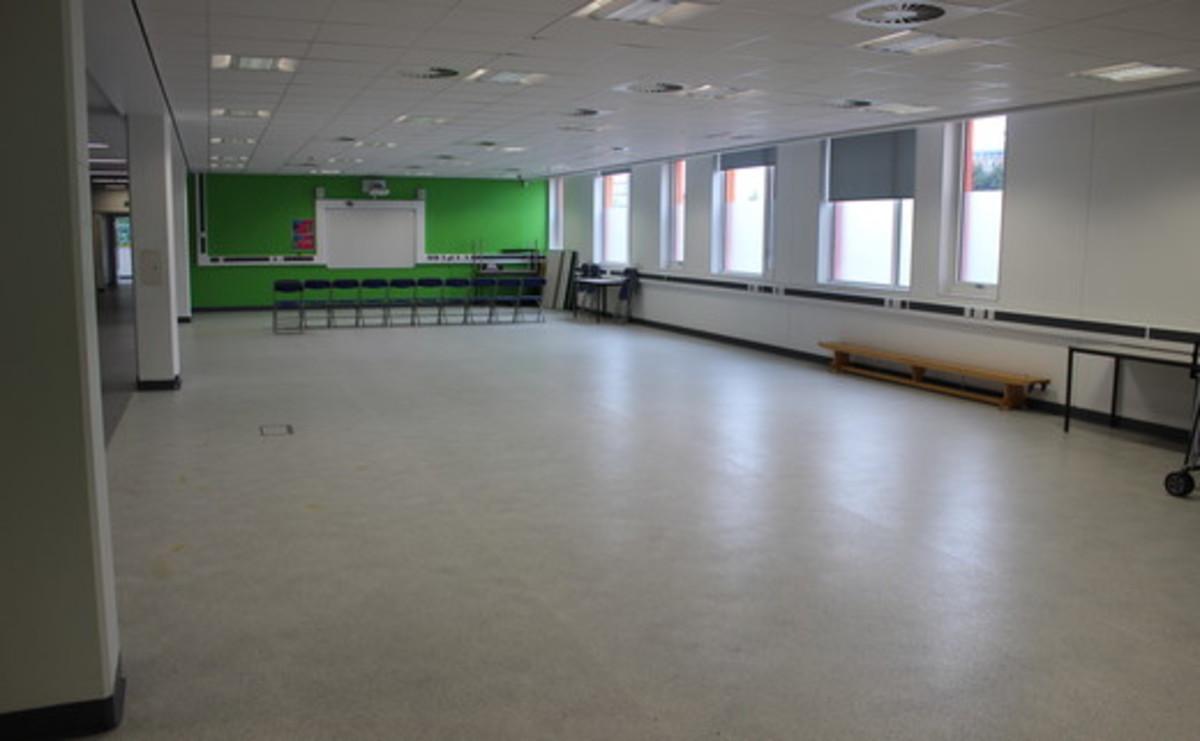 Multi-Purpose Room  - SLS @ Oasis Academy MediaCityUK - Manchester - 1 - SchoolHire