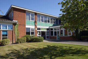 SLS @ Princes Risborough School - Buckinghamshire - 1 - SchoolHire