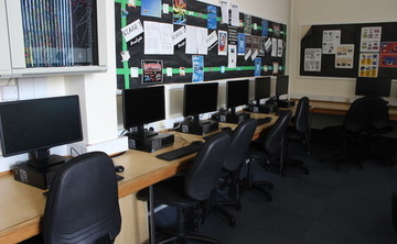 Specialist Classroom - IT Classroom - SLS @ Hull Collegiate School - East Riding of Yorkshire - 1 - SchoolHire