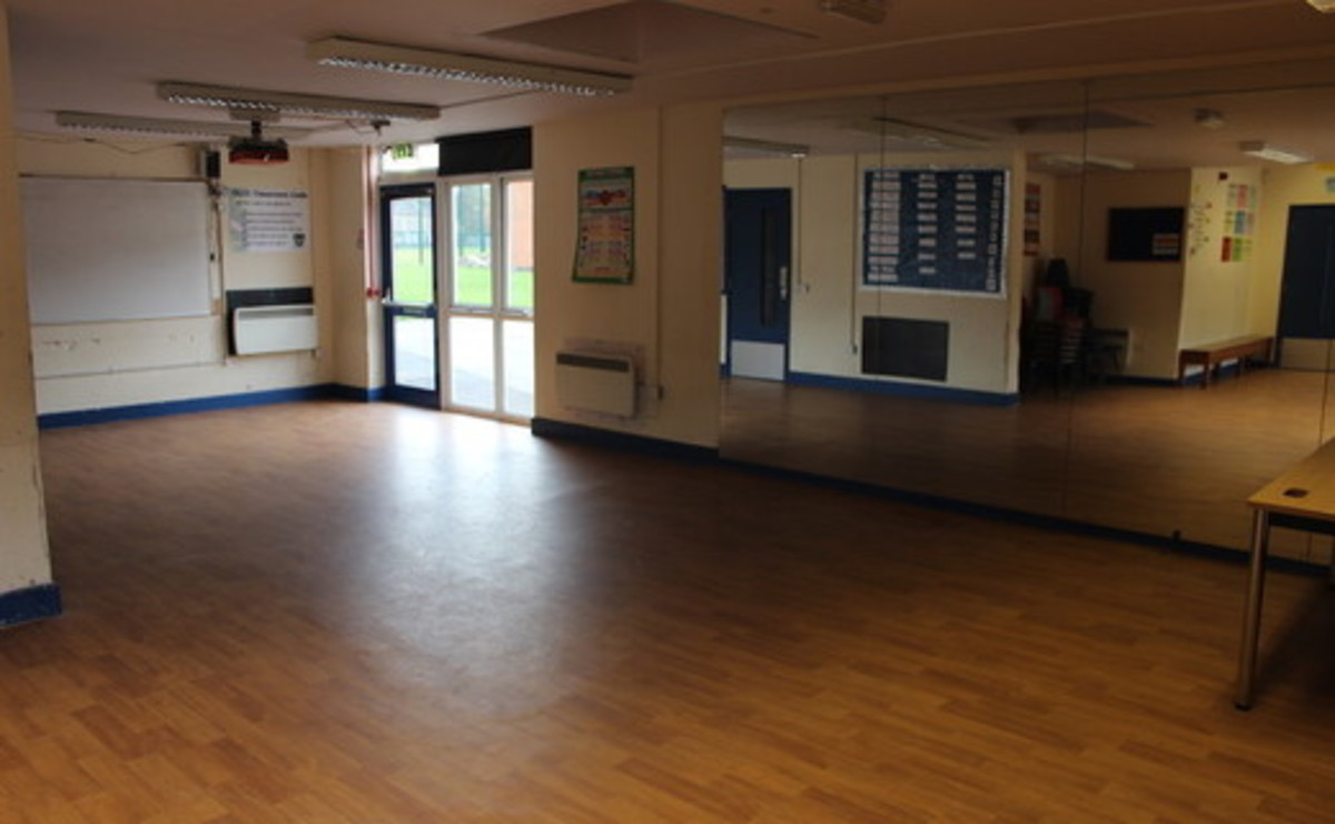 Drama Studio - Large - SLS @ Our Ladys Catholic College - Lancashire - 2 - SchoolHire