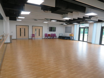 Dance Studio - Lynch Hill Enterprise Academy - Slough - 2 - SchoolHire