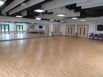 Dance Studio - Lynch Hill Enterprise Academy - Slough - 3 - SchoolHire