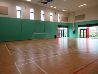 Sports Hall - Lynch Hill Enterprise Academy - Slough - 1 - SchoolHire