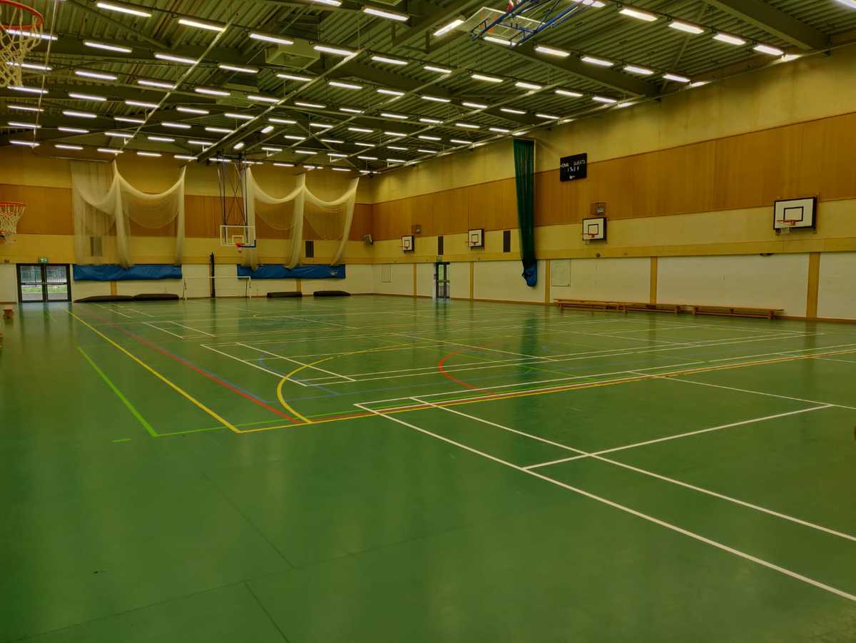 Sports Hall  - SLS @ Princes Risborough School - Buckinghamshire - 2 - SchoolHire