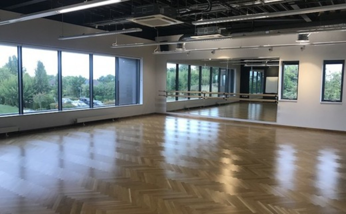 Dance Studio  - SLS @ Princes Risborough School - Buckinghamshire - 1 - SchoolHire