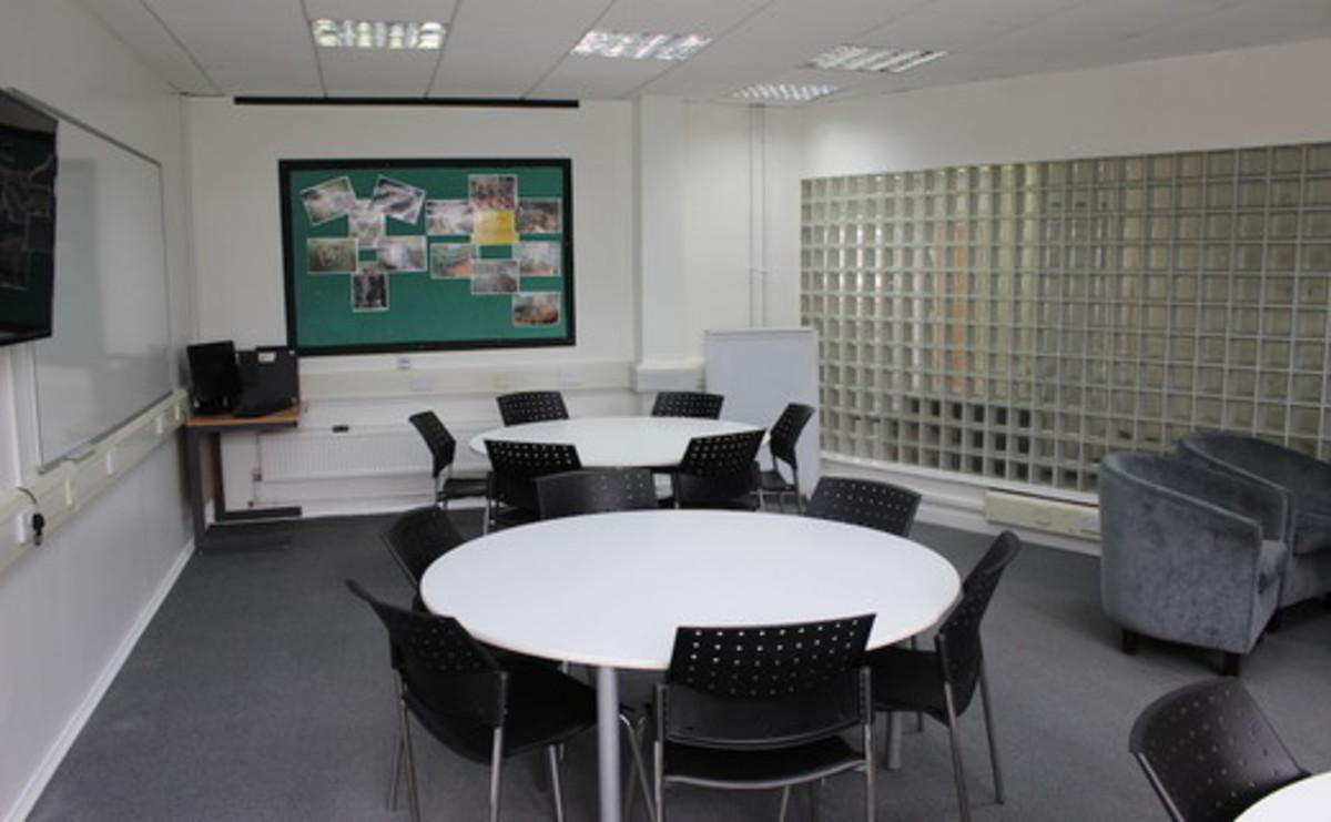 Specialist Classroom - Training Room - SLS @ Ravens Wood School - Bromley - 1 - SchoolHire