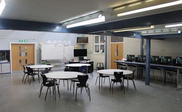 Specialist Classroom - DT Room - SLS @ Ravens Wood School - Bromley - 1 - SchoolHire