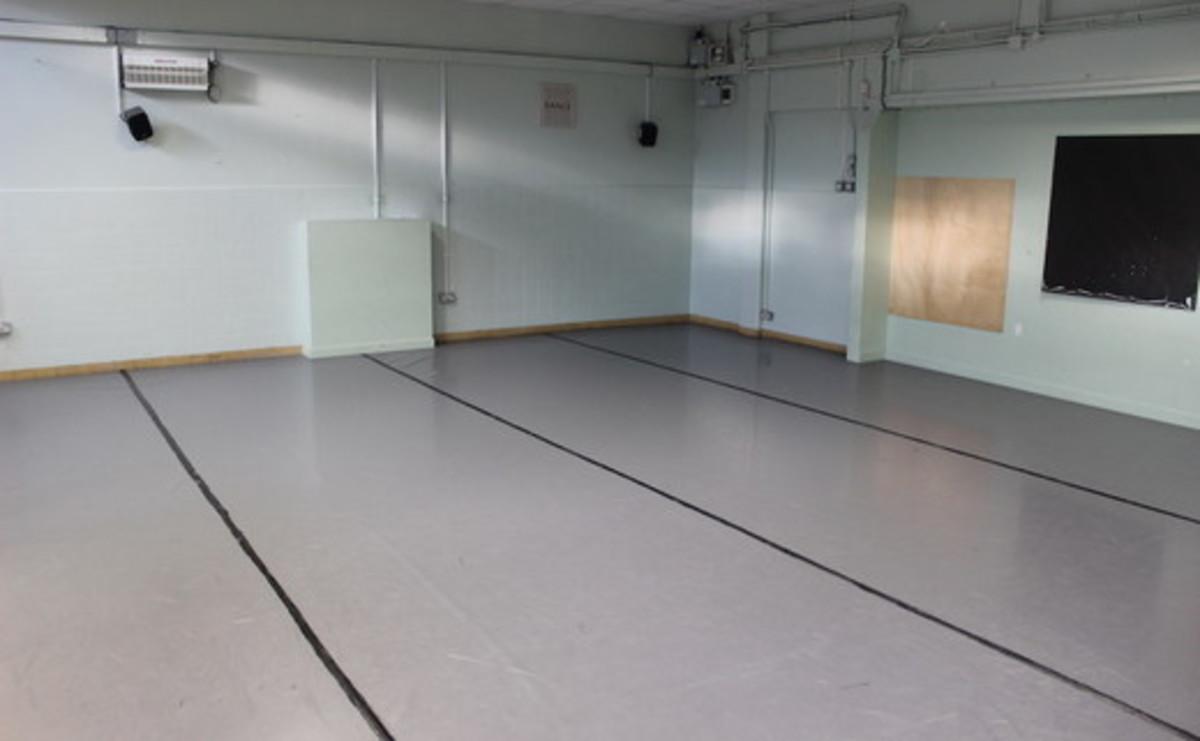 Dance Studio  - SLS @ Ravens Wood School - Bromley - 1 - SchoolHire