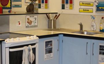 Cooking Room - SLS @ Sale High School - Lancashire - 1 - SchoolHire