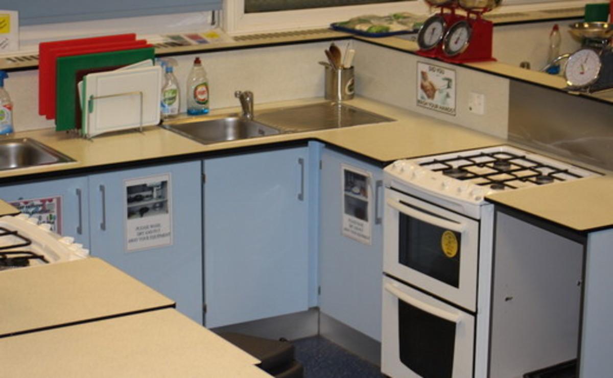 Cooking Room - SLS @ Sale High School - Lancashire - 2 - SchoolHire