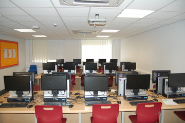 IT Room 11 - AKS Lytham Independent School - Flyde - 1 - SchoolHire