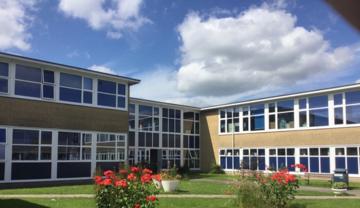 SLS @ St Albans Girls School - Hertfordshire - 2 - SchoolHire