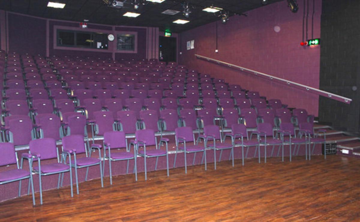 Theatre - SLS @ Sixth Form College, Solihull - Birmingham - 1 - SchoolHire