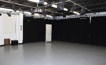 Drama Room 1 - SLS @ Sixth Form College, Solihull - Birmingham - 1 - SchoolHire