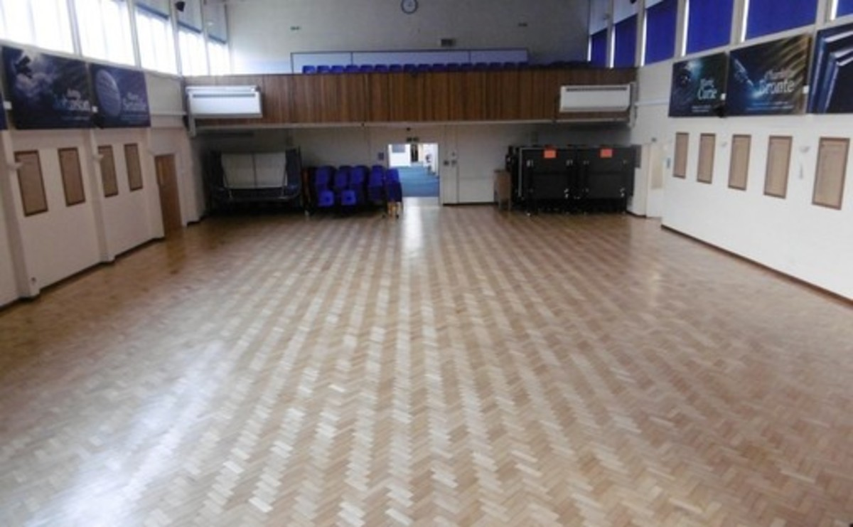Main Hall  - SLS @ St Albans Girls School - Hertfordshire - 2 - SchoolHire