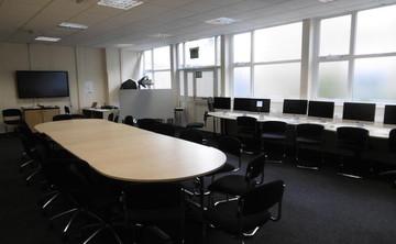 Specialist Classroom - IT Suite - SLS @ St Albans Girls School - Hertfordshire - 2 - SchoolHire