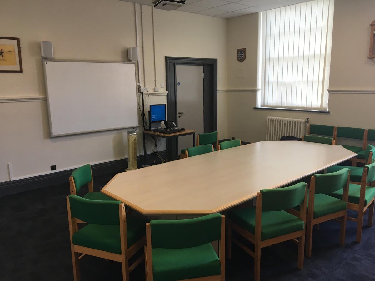 Meeting Room - AKS Lytham Independent School - Flyde - 2 - SchoolHire