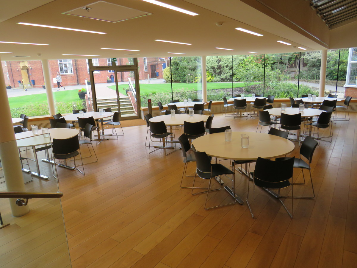 Dining Hall - Chigwell School - Essex - 2 - SchoolHire