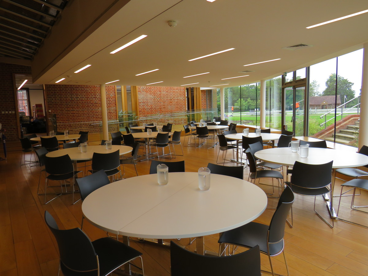 Dining Hall - Chigwell School - Essex - 3 - SchoolHire