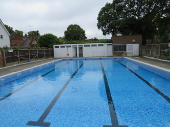 Outdoor Swimming Pool - Chigwell School - Essex - 2 - SchoolHire