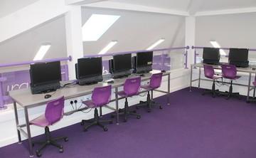 Specialist Classroom - ICT Room - SLS @ St Edwards College - Liverpool - 1 - SchoolHire