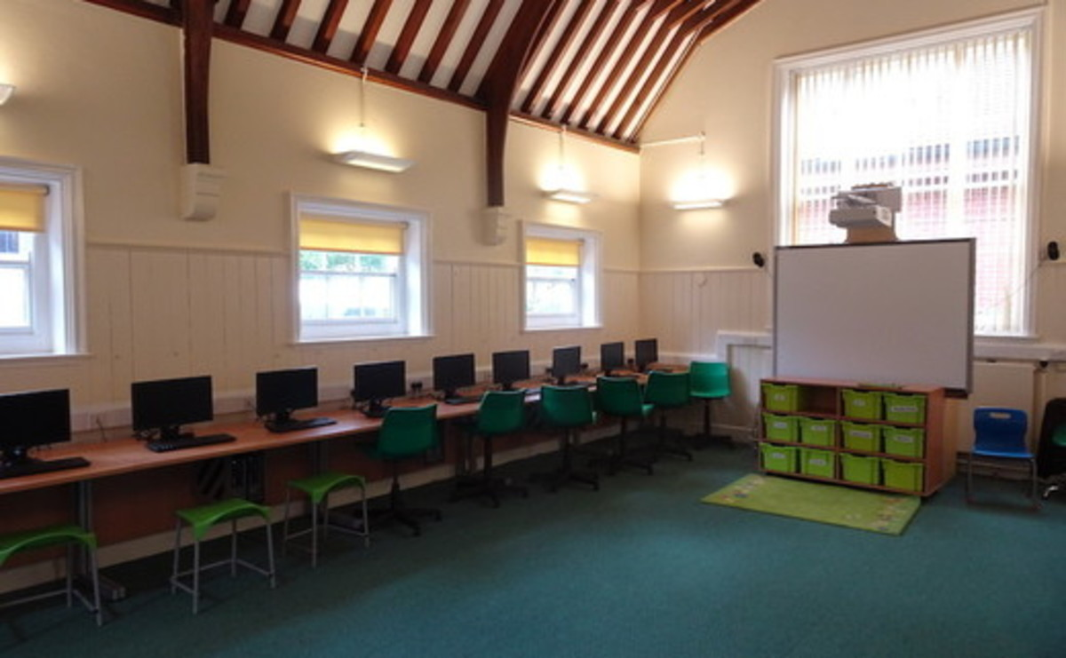 Meeting area - SLS @ St Faiths School - Cambridgeshire - 2 - SchoolHire