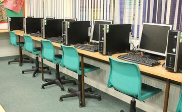 IT Suite  - SLS @ St Marys Catholic Academy (Blackpool) - Lancashire - 1 - SchoolHire