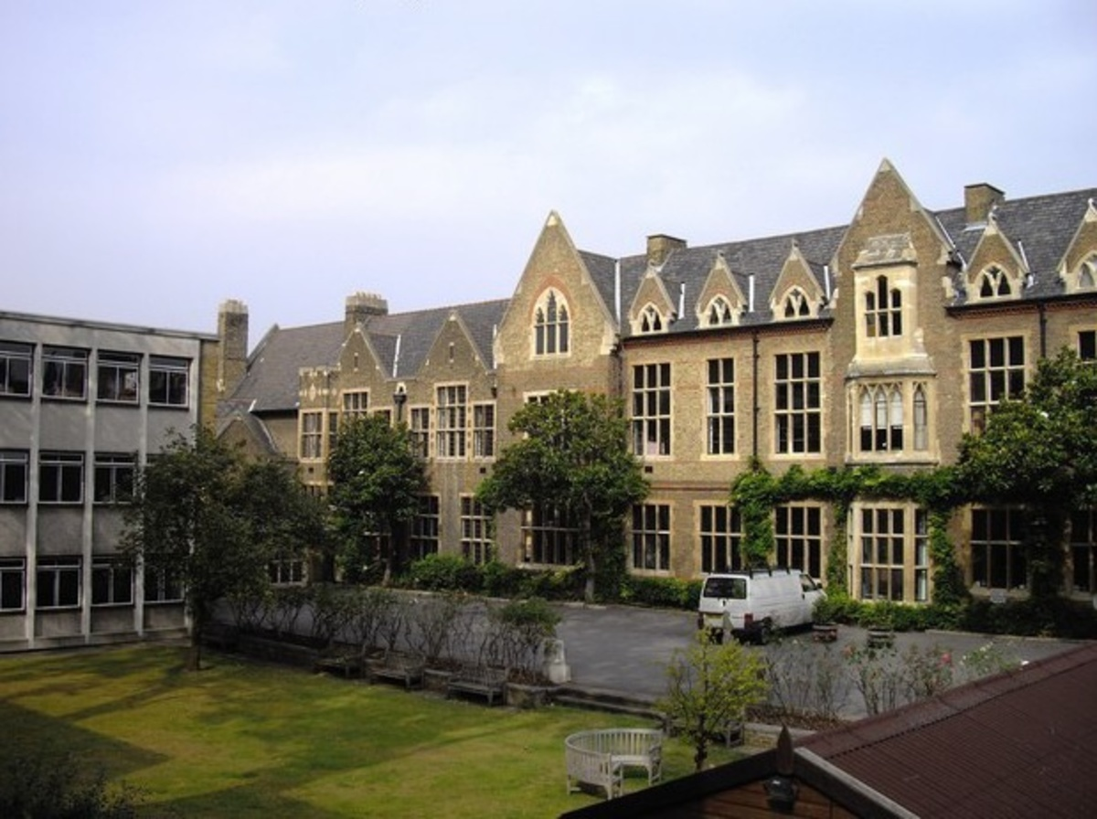 SLS @ The Godolphin and Latymer School - Hammersmith and Fulham - 1 - SchoolHire