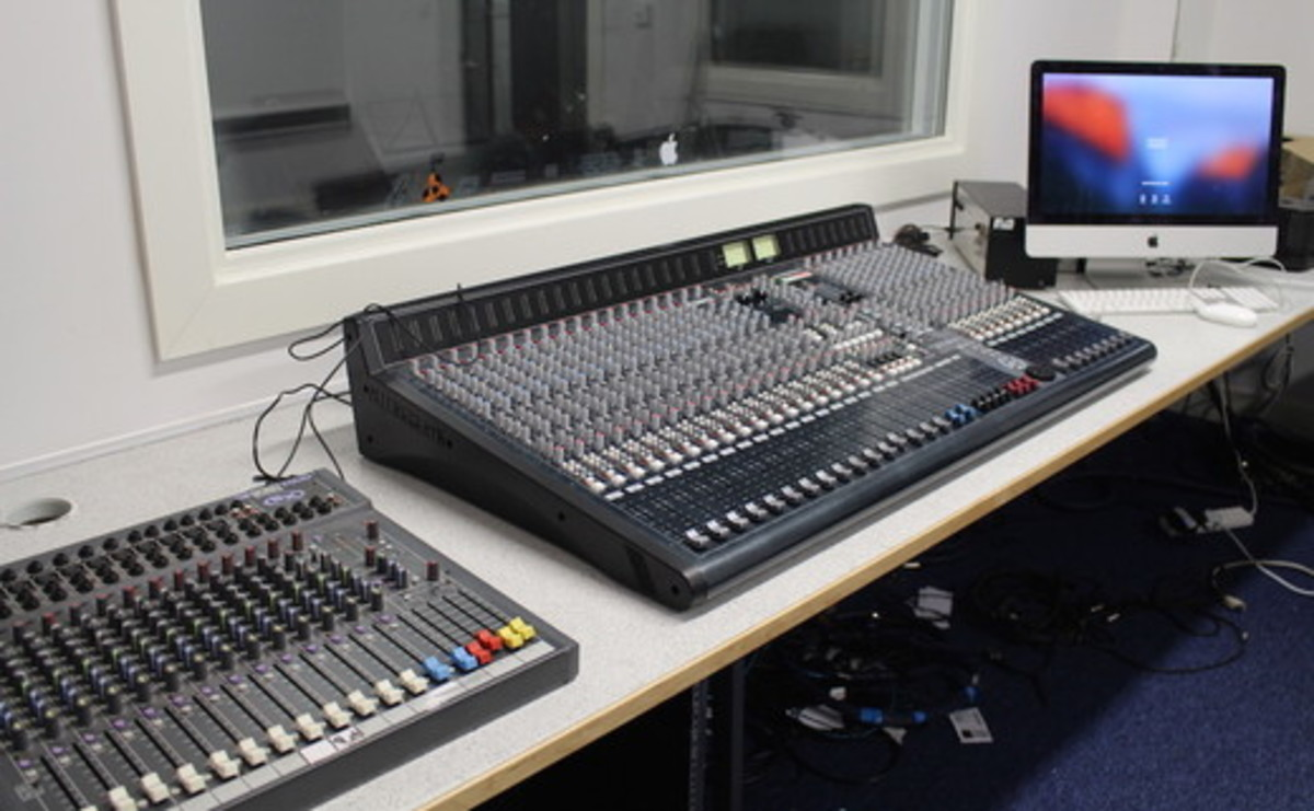 Recording Studio  - SLS @ St Peters Academy (Stoke) - Staffordshire - 1 - SchoolHire