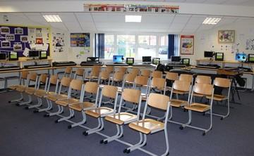 Specialist Classroom - Music Room - SLS @ Sutton Coldfield Grammar School for Girls - Birmingham - 1 - SchoolHire