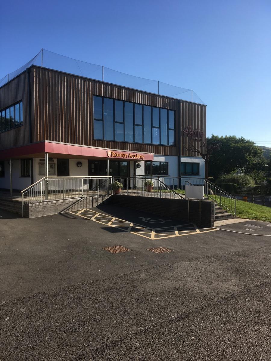 Braunton Academy - Devon - 3 - SchoolHire
