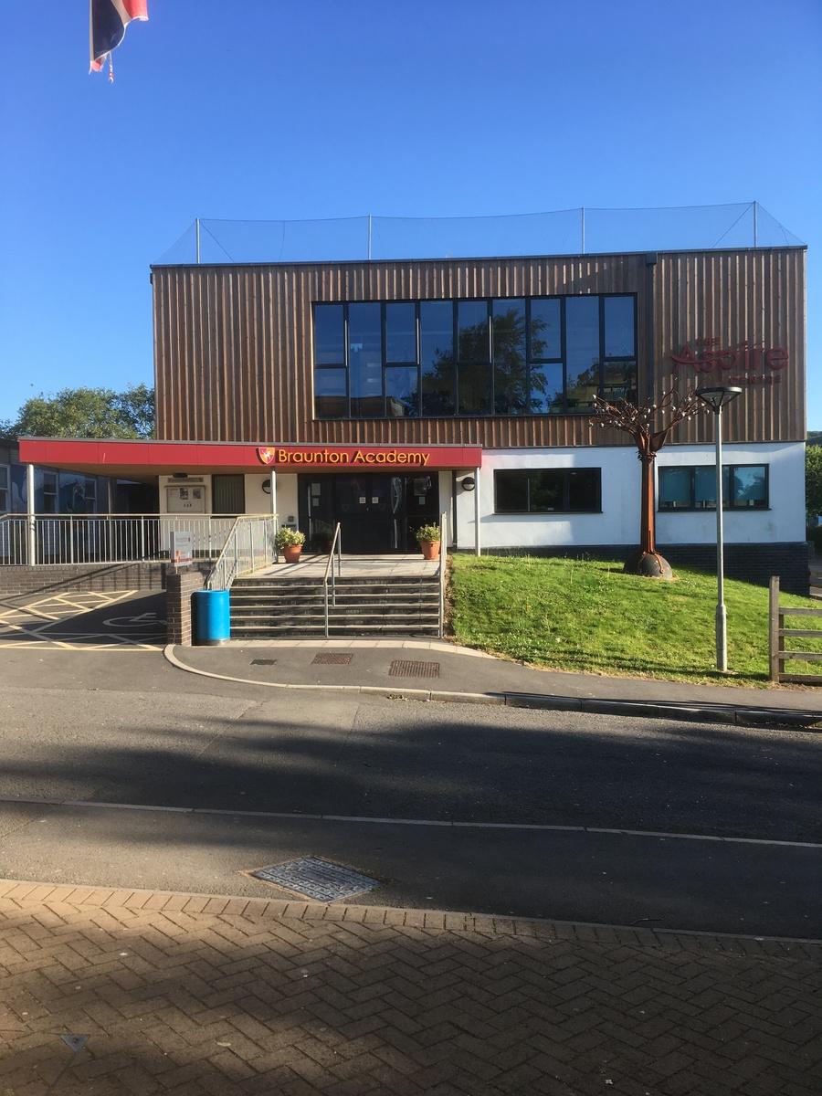 Braunton Academy - Devon - 4 - SchoolHire