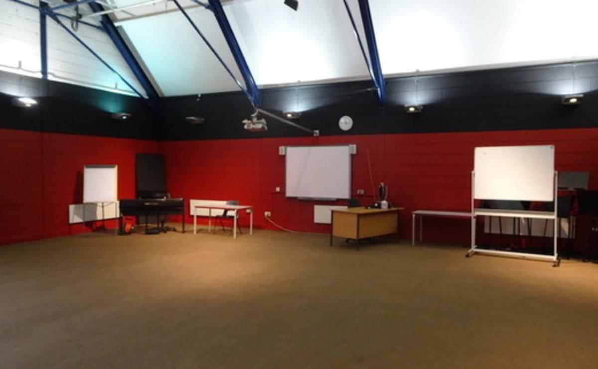Drama Room  - SLS @ Trevelyan Middle School - Windsor and Maidenhead - 4 - SchoolHire