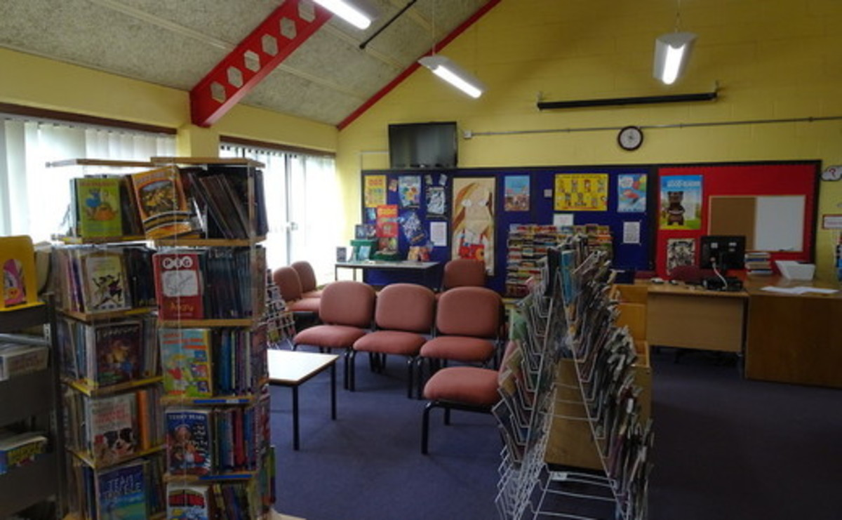 Library  - SLS @ Trevelyan Middle School - Windsor and Maidenhead - 2 - SchoolHire