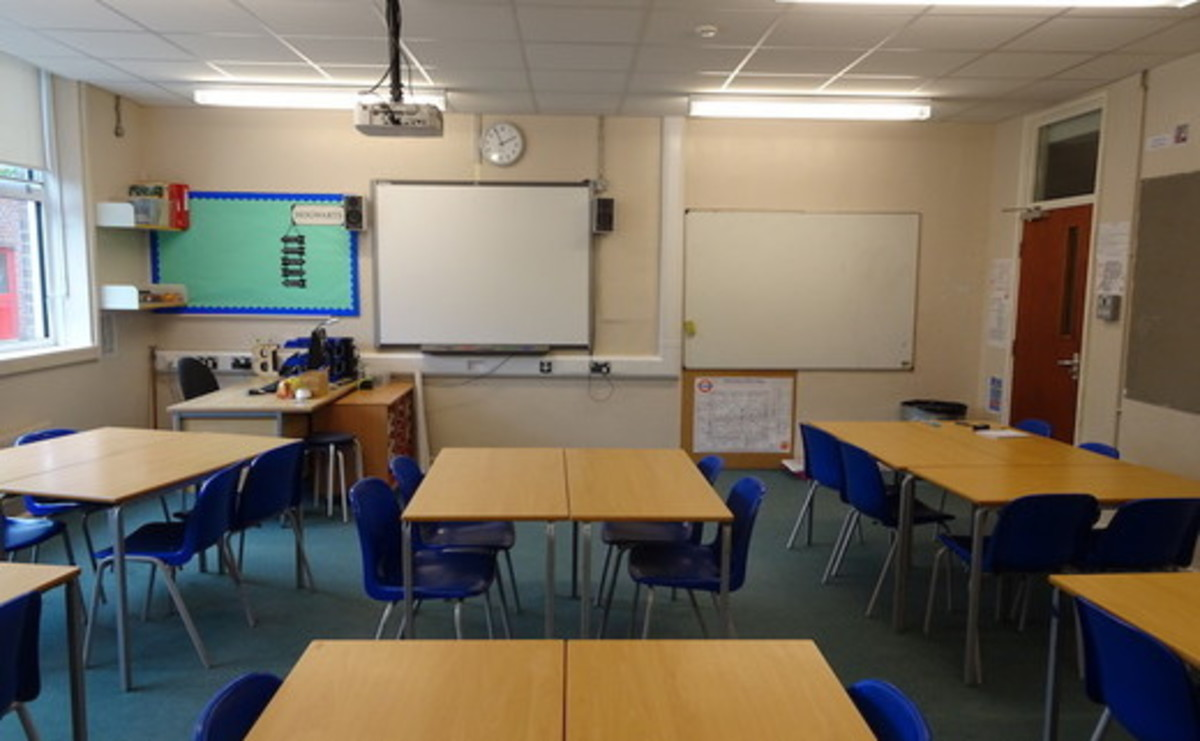 Classroom - SLS @ Trevelyan Middle School - Windsor and Maidenhead - 1 - SchoolHire