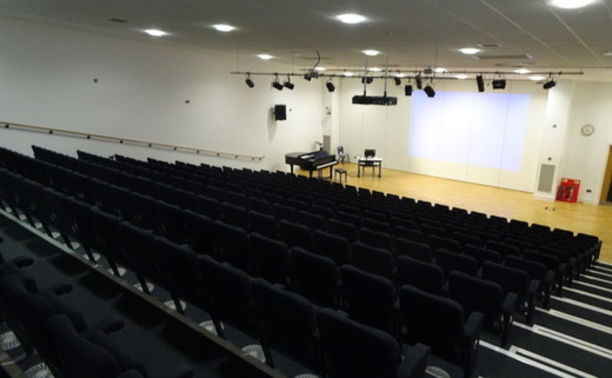 Theatre - SLS @ Tudor Grange Academy Worcester - Worcestershire - 1 - SchoolHire