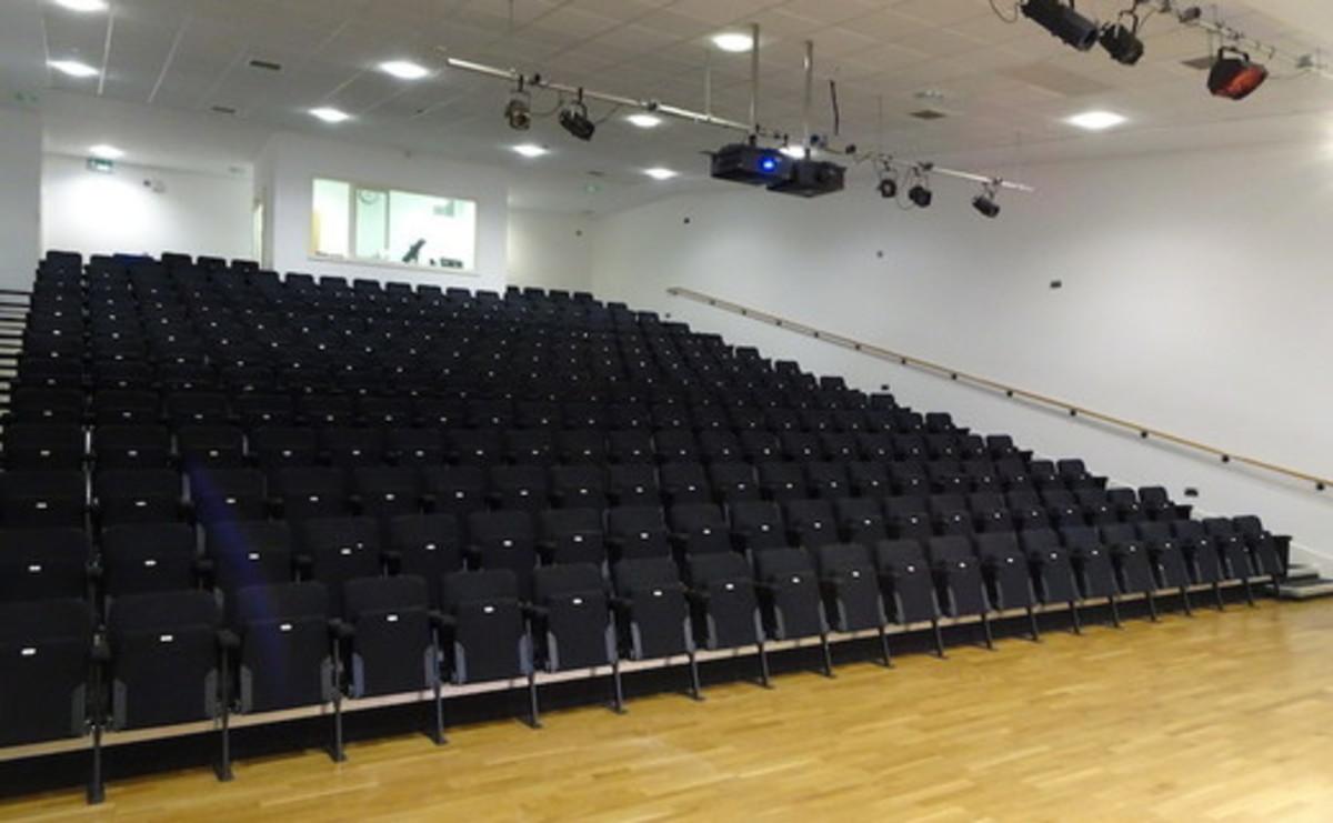 Theatre - SLS @ Tudor Grange Academy Worcester - Worcestershire - 2 - SchoolHire