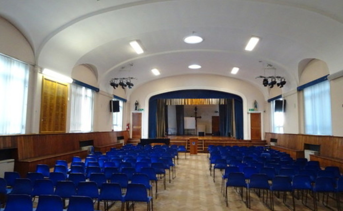 Main Hall  - SLS @ Ursuline Academy Ilford - Redbridge - 1 - SchoolHire