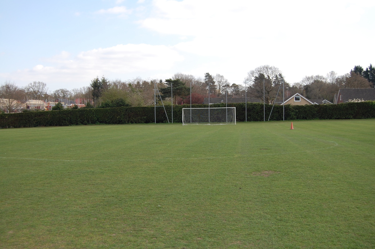 11a side Football Pitch - Framingham Earl High School - Norfolk - 1 - SchoolHire